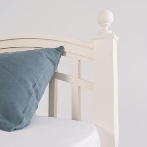 Спинка кровати с решеткой